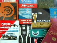 NEW PONTIAC BOOKS & MANUALS